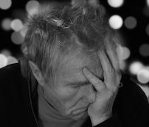 Klonopin Symptoms and Warning Signs - Addiction Center