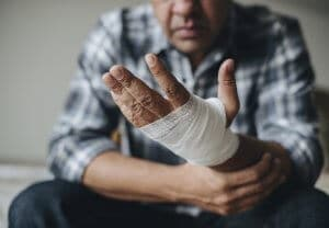 Lortab Abuse and Addiction Is Often The Result of Injury